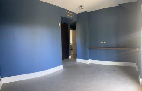 Finiture e domotica con integrazione antintrusione e videosorveglianza villa unifamiliare
